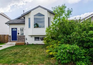 Main Photo: 31 Rivercrest Way SE in Calgary: Riverbend Detached for sale : MLS®# A1121633