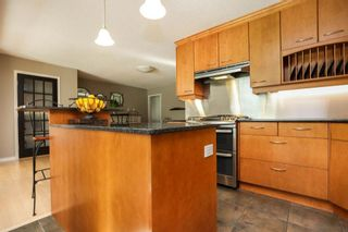 Photo 12: 827 Pepperloaf Crescent in Winnipeg: Charleswood Residential for sale (1G)  : MLS®# 202122244
