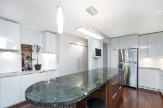 Photo 4: 203 1066 W 13TH AVENUE in Vancouver: Fairview VW Condo for sale (Vancouver West)  : MLS®# R2416546