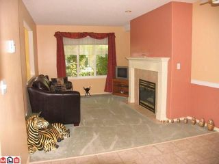 """Photo 4: 293 13888 70 Avenue in Surrey: East Newton Townhouse for sale in """"Chelsea Gardens"""" : MLS®# F1009166"""