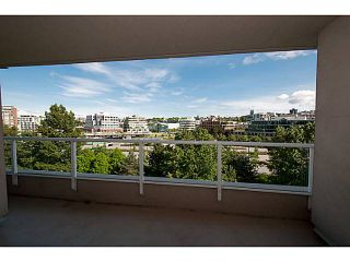 """Photo 8: 808 522 MOBERLY Road in Vancouver: False Creek Condo for sale in """"Discovery Quay"""" (Vancouver West)  : MLS®# V1066729"""