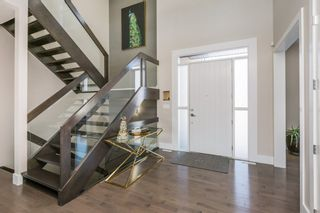 Photo 3: 921 WOOD Place in Edmonton: Zone 56 House for sale : MLS®# E4227555