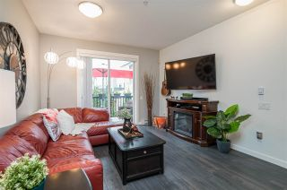 """Photo 7: 5 8476 207A Street in Langley: Willoughby Heights Townhouse for sale in """"YORK BY MOSAIC"""" : MLS®# R2559525"""
