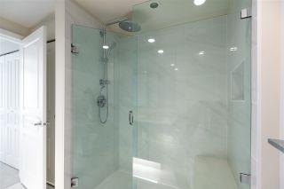 """Photo 12: 701 3096 WINDSOR Gate in Coquitlam: New Horizons Condo for sale in """"MANTYLA"""" : MLS®# R2534320"""
