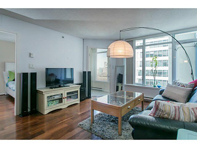 "Photo 2: Photos: 1904 610 GRANVILLE Street in Vancouver: Downtown VW Condo for sale in ""THE HUDSON"" (Vancouver West)  : MLS®# V1131669"