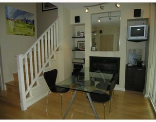 """Photo 3: TH17 969 RICHARDS Street in Vancouver: Downtown VW Townhouse for sale in """"MONDRIAN 2"""" (Vancouver West)  : MLS®# V706935"""