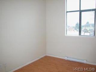 Photo 5: 317 829 Goldstream Ave in VICTORIA: La Langford Proper Condo for sale (Langford)  : MLS®# 488000