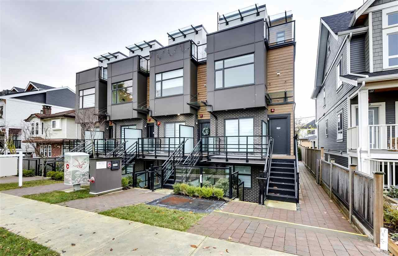 Main Photo: 5031 CHAMBERS STREET in Vancouver: Collingwood VE Townhouse for sale (Vancouver East)  : MLS®# R2520687