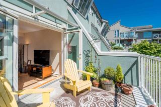 """Photo 3: 1930 E KENT AVENUE SOUTH in Vancouver: South Marine Townhouse for sale in """"Harbour House"""" (Vancouver East)  : MLS®# R2380721"""