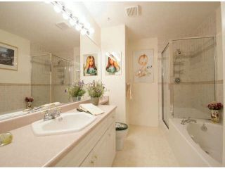 """Photo 7: 143 13888 70TH Avenue in Surrey: East Newton Townhouse for sale in """"CHELSEA GARDENS"""" : MLS®# F1304392"""