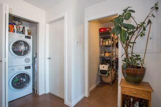 """Photo 9: 1106 550 TAYLOR Street in Vancouver: Downtown VW Condo for sale in """"THE TAYLOR"""" (Vancouver West)  : MLS®# R2335310"""