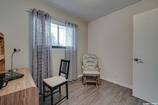 Photo 18: 222 Witney Avenue South in Saskatoon: Meadowgreen Residential for sale : MLS®# SK840959