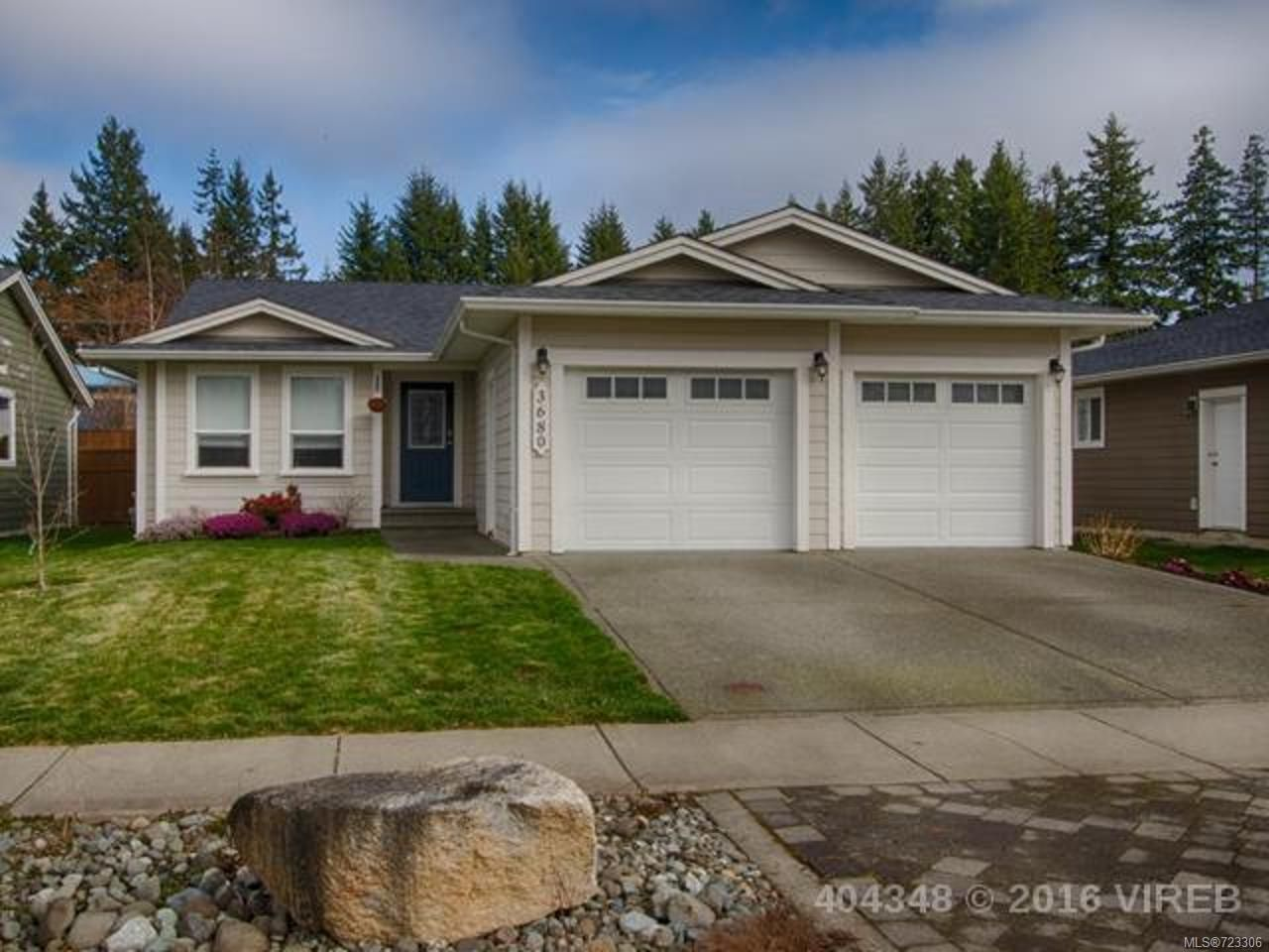 Main Photo: 3680 brind'amour drive campbell river real estate properties remax check realty british columbia