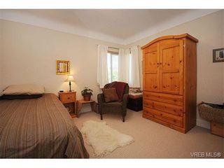 Photo 14: 2834/2840 Henderson Rd in VICTORIA: OB Henderson House for sale (Oak Bay)  : MLS®# 750634