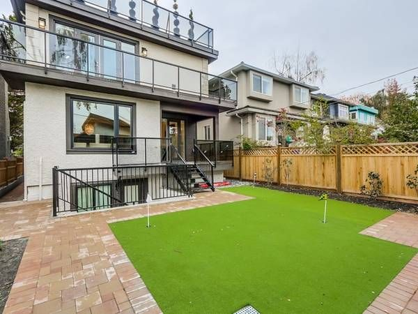 Main Photo: : Vancouver House for rent : MLS®# AR121