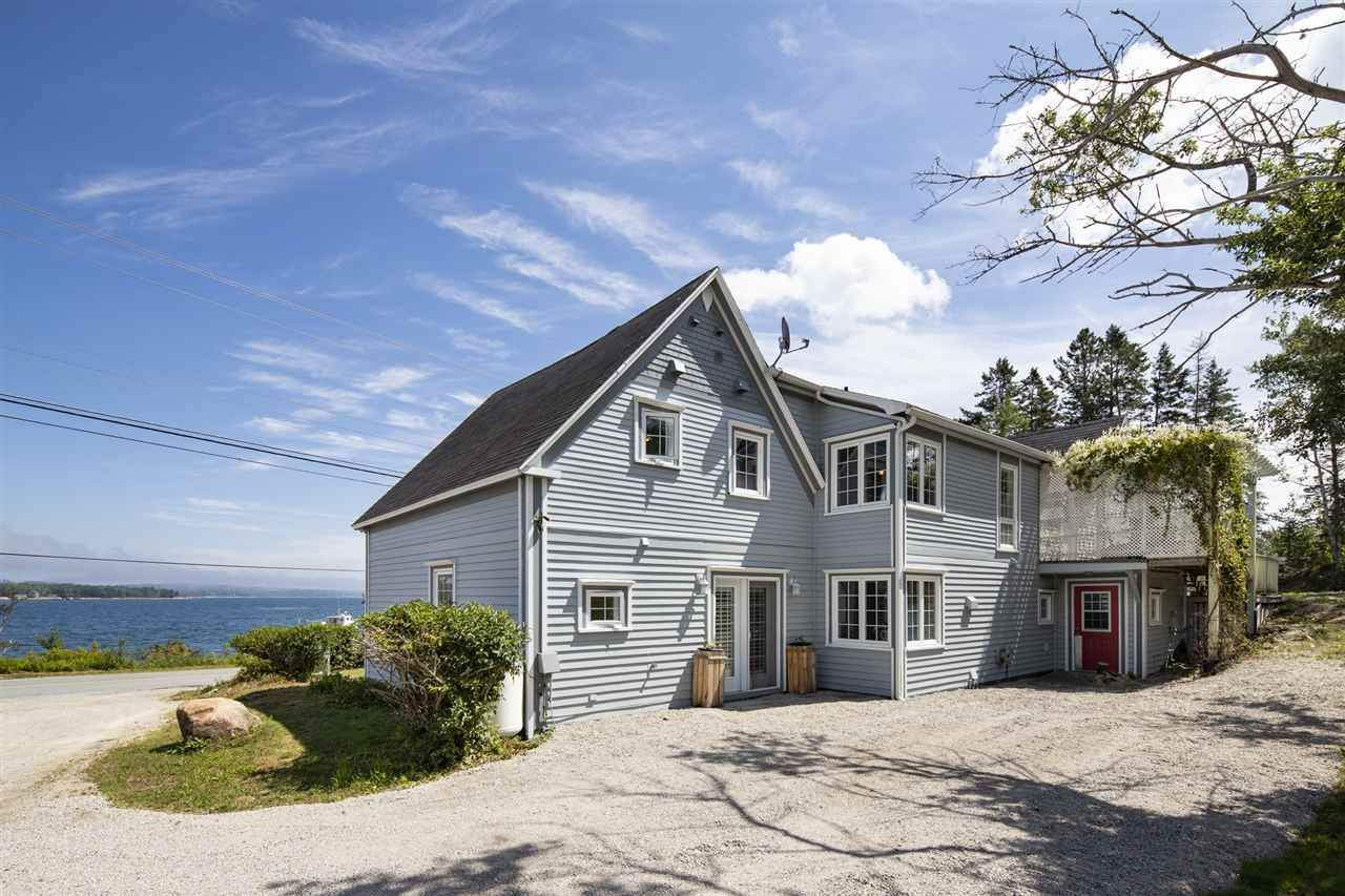 Main Photo: 6124 3 Highway in Gold River: 405-Lunenburg County Residential for sale (South Shore)  : MLS®# 202016665