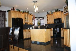 Photo 3: 13504 161 Avenue in Edmonton: Zone 27 House for sale : MLS®# E4230639