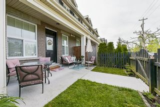 "Photo 4: 34 20831 70 Avenue in Langley: Willoughby Heights Townhouse for sale in ""Radius"" : MLS®# R2164306"