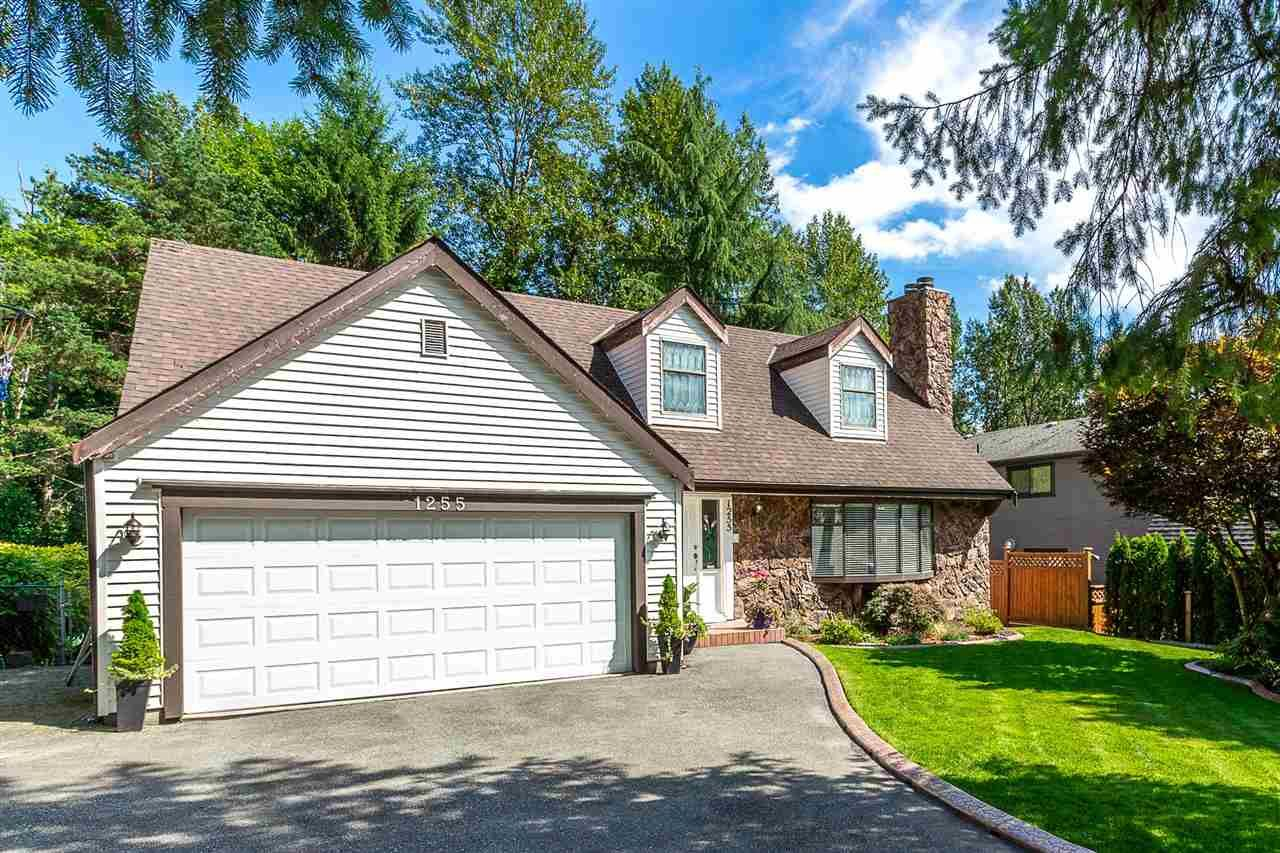 Main Photo: 1255 CHARTER HILL Drive in Coquitlam: Upper Eagle Ridge House for sale : MLS®# R2315210