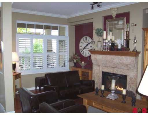 """Photo 4: Photos: 2678 KING GEORGE Highway in White Rock: King George Corridor Townhouse for sale in """"Mirada"""" (South Surrey White Rock)  : MLS®# F2624489"""