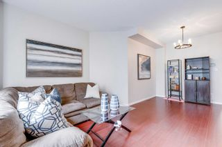 Photo 4: 249 23 Observatory Lane in Richmond Hill: Observatory Condo for sale : MLS®# N4886602