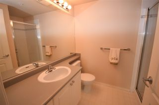 """Photo 7: 902 12148 224 Street in Maple Ridge: East Central Condo for sale in """"ECRA PANORAMA"""" : MLS®# R2135119"""