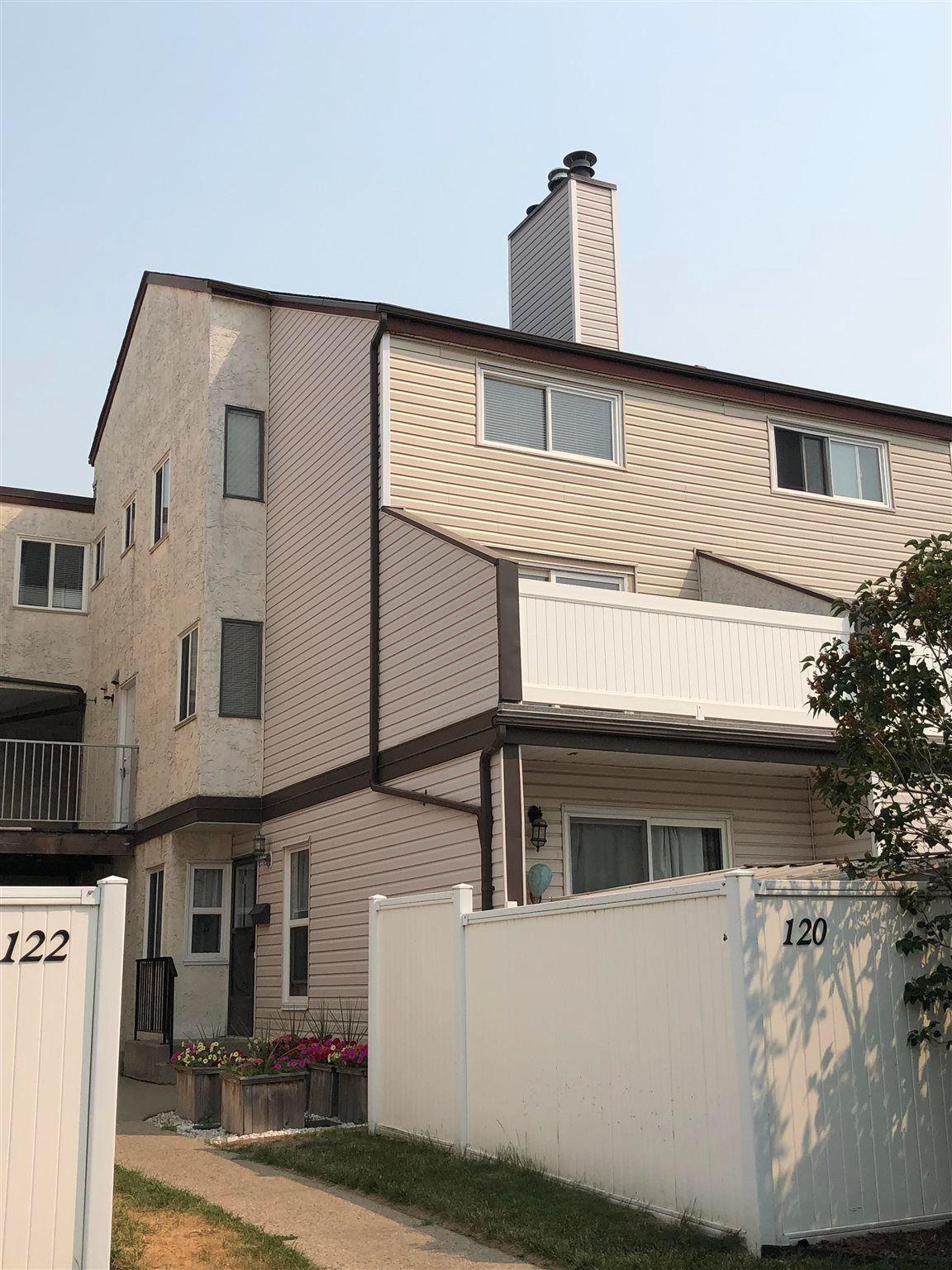 Main Photo: 125 LANCASTER Terrace in Edmonton: Zone 27 Townhouse for sale : MLS®# E4254544