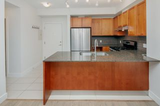 """Photo 5: 111 5955 IONA Drive in Vancouver: University VW Condo for sale in """"FOLIO"""" (Vancouver West)  : MLS®# R2269280"""