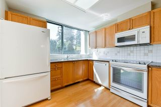 """Photo 6: 203 1705 MARTIN Drive in Surrey: Sunnyside Park Surrey Condo for sale in """"Southwynd"""" (South Surrey White Rock)  : MLS®# R2576884"""