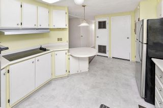 Photo 12: 22 1498 Admirals Rd in : VR Glentana Manufactured Home for sale (View Royal)  : MLS®# 883806