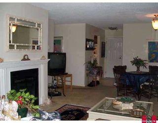 """Photo 2: 204 1354 WINTER Street: White Rock Condo for sale in """"Winter Estates"""" (South Surrey White Rock)  : MLS®# F2708795"""