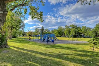 Photo 34: 228 27 Avenue NW in Calgary: Tuxedo Park Semi Detached for sale : MLS®# A1043141