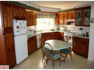 Photo 2: 33036 BANFF Place in Abbotsford: Central Abbotsford House for sale : MLS®# F1014443