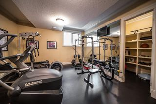 Photo 38: 2854 77 Street SW in Calgary: Springbank Hill Detached for sale : MLS®# A1150826