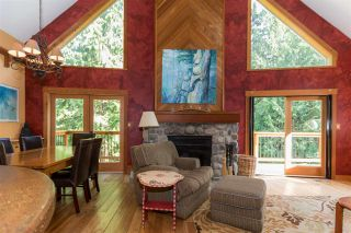 Photo 2: 1038 TOBERMORY Way in Squamish: Garibaldi Highlands House for sale : MLS®# R2244076