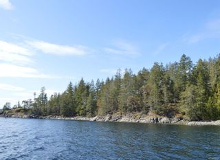 Photo 5: SL3 Read Island in : Isl Read Island House for sale (Islands)  : MLS®# 872746
