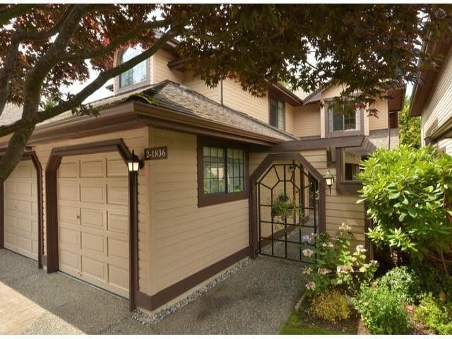 FEATURED LISTING: 2 Southmere Cr South Surrey