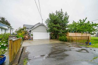 Photo 2: 11860 4TH AVENUE in Richmond: Steveston Village House for sale : MLS®# R2464256
