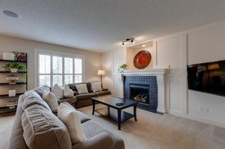 Photo 3: 198 Cougar Plateau Way SW in Calgary: Cougar Ridge Detached for sale : MLS®# A1133331