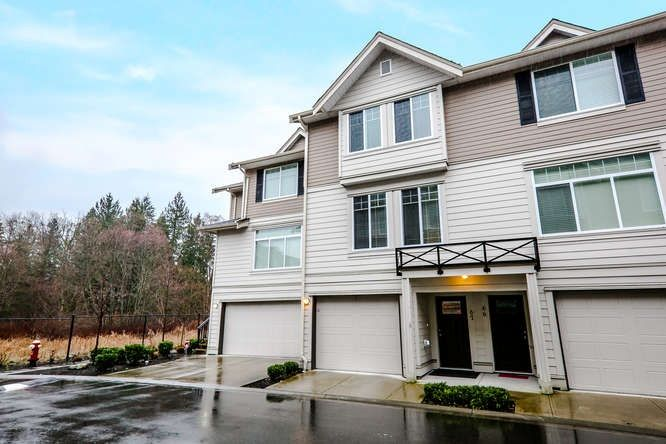 Main Photo: 67 15399 GUILDFORD DRIVE in Surrey: Guildford Townhouse for sale (North Surrey)  : MLS®# R2050512