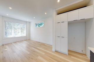 Photo 8: 2422 53 Avenue SW in Calgary: North Glenmore Park Detached for sale : MLS®# A1142924