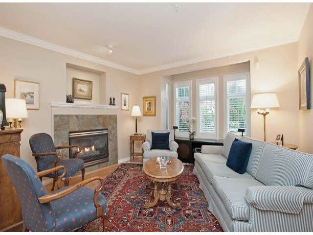 """Photo 5: Photos: 5 235 E 11TH Street in North Vancouver: Central Lonsdale Townhouse for sale in """"Fairview Court"""" : MLS®# V1094152"""