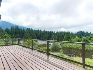 Photo 11: 75 LAURIE Crescent in West Vancouver: Glenmore House for sale : MLS®# R2552079