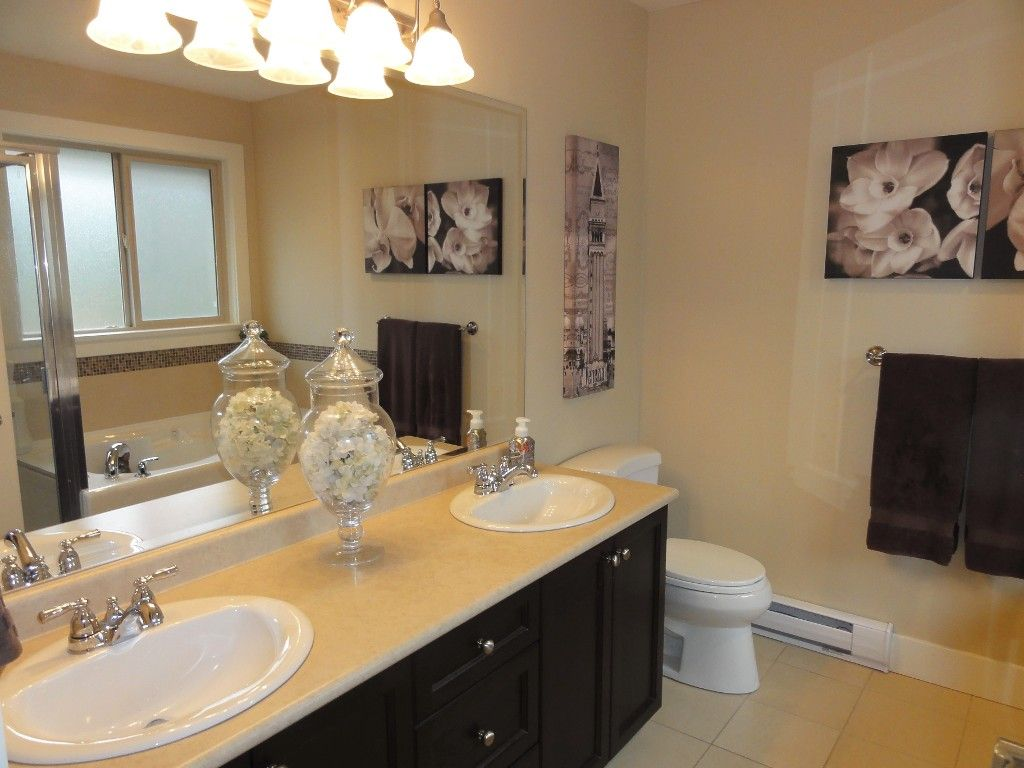 "Photo 23: Photos: 5980 163B Street in Surrey: Cloverdale BC House for sale in ""WESTRIDGE ESTATES"" (Cloverdale)  : MLS®# R2057890"