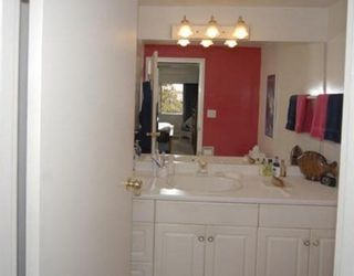 """Photo 9: # 6 5565 OAK ST in Vancouver: Shaughnessy Condo for sale in """"SHAWNOAKS"""" (Vancouver West)  : MLS®# V756903"""