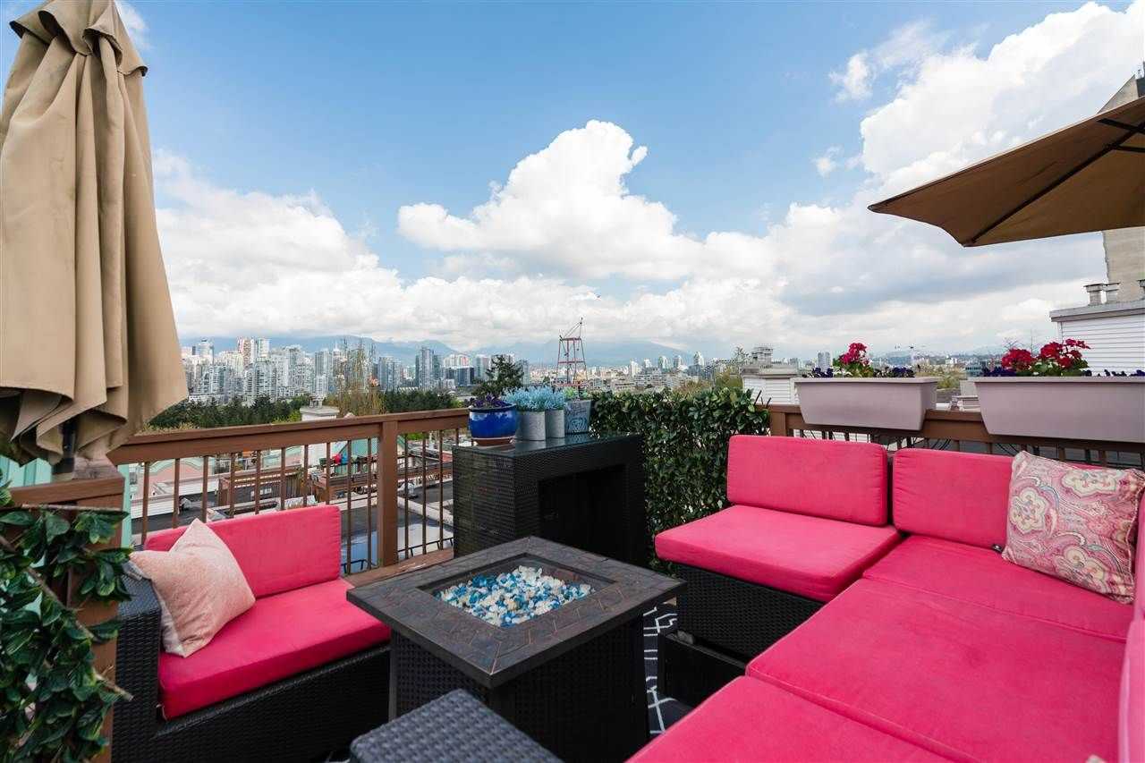 """Main Photo: 310 910 W 8TH Avenue in Vancouver: Fairview VW Condo for sale in """"The Rhapsody"""" (Vancouver West)  : MLS®# R2580243"""