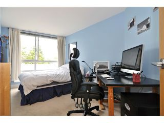 "Photo 4: 201 1818 W 6TH Avenue in Vancouver: Kitsilano Condo for sale in ""THE CARNEGIE"" (Vancouver West)  : MLS®# V969830"