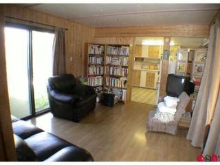 """Photo 10: 89 24330 FRASER Highway in Langley: Otter District Manufactured Home for sale in """"LANGLEY GROVE ESTATES"""" : MLS®# F1028165"""