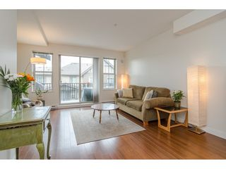 """Photo 4: 97 9525 204 Street in Langley: Walnut Grove Townhouse for sale in """"TIME"""" : MLS®# R2458220"""