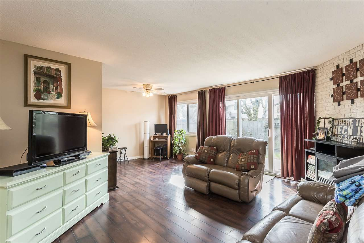 """Photo 15: Photos: 51 46689 FIRST Avenue in Chilliwack: Chilliwack E Young-Yale Townhouse for sale in """"Mount Baker Estates"""" : MLS®# R2552710"""